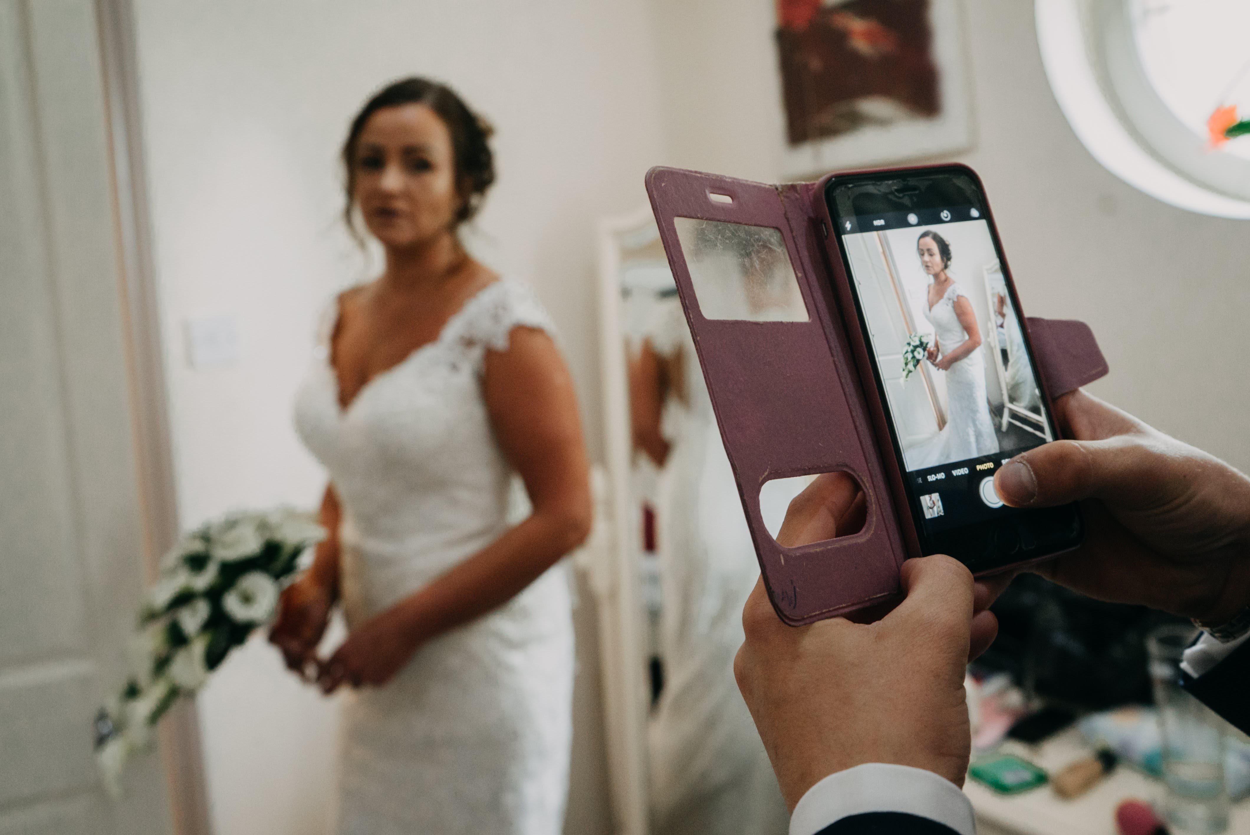 Dimple Well Lodge Wedding | Rachel & Tony 16