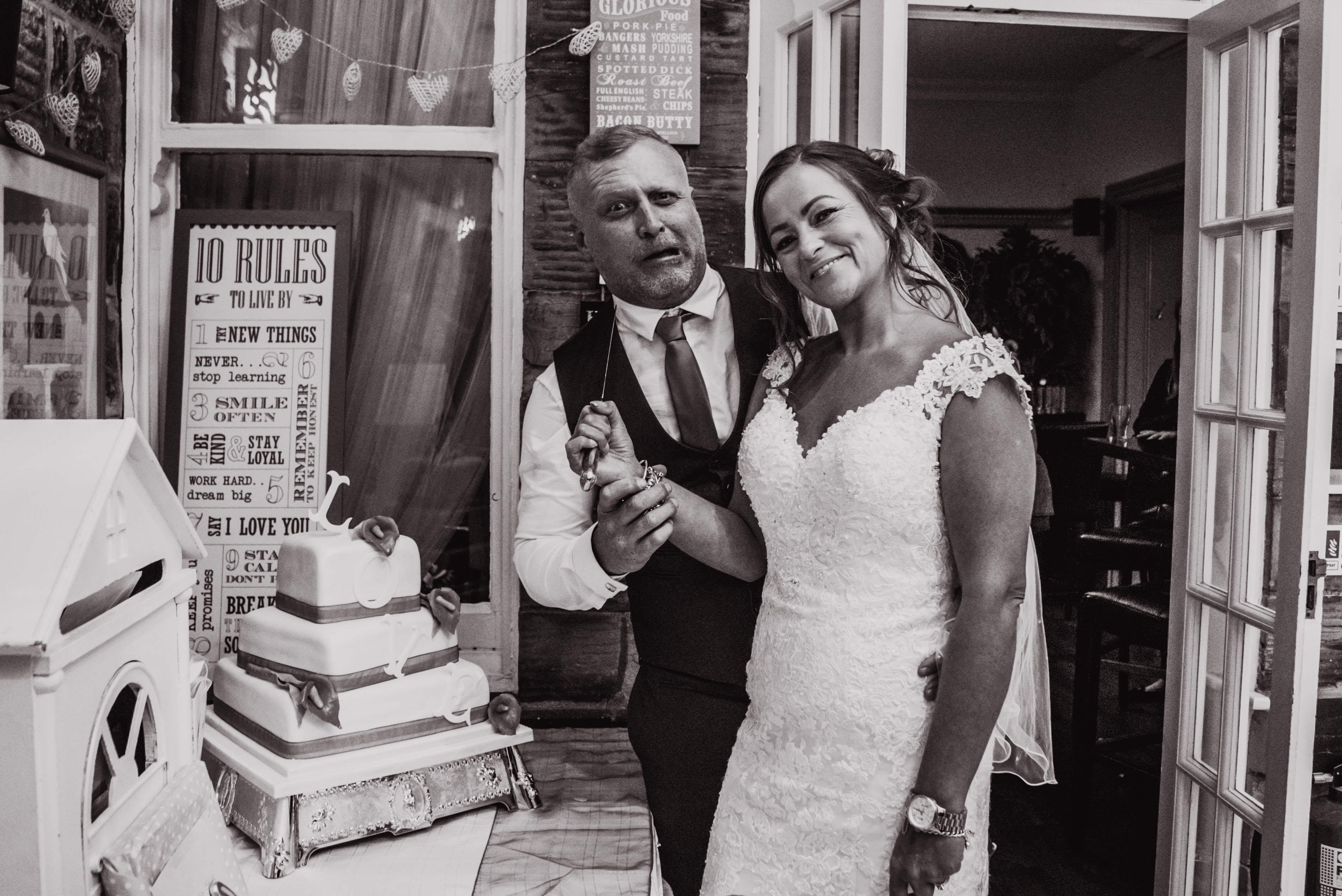 Dimple Well Lodge Wedding | Rachel & Tony 21