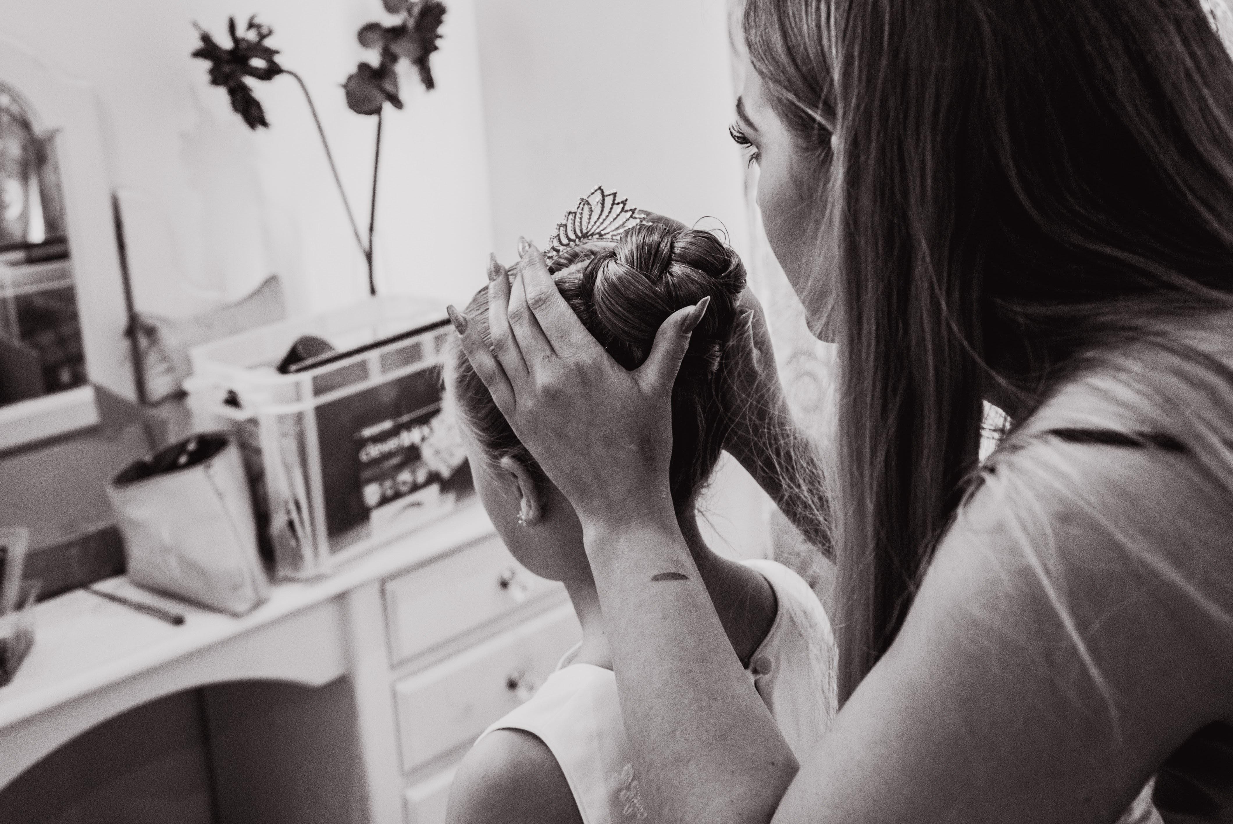 flower girl hair stylist